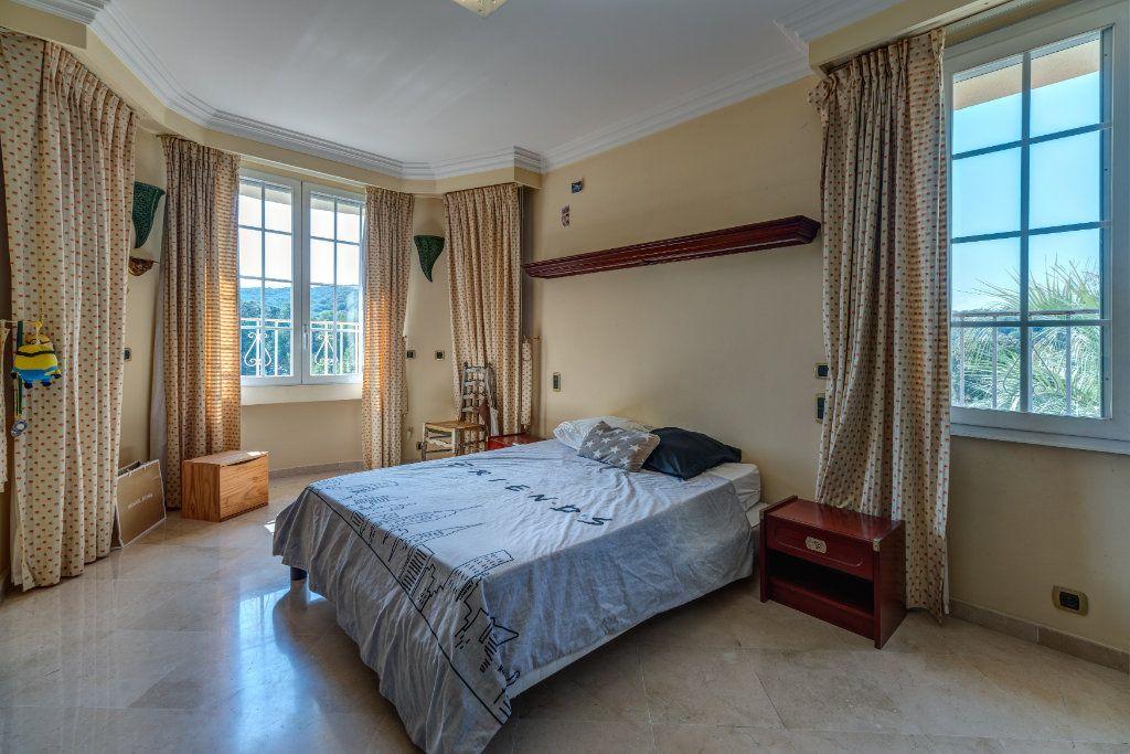 Maison à vendre 8 453m2 à La Colle-sur-Loup vignette-12