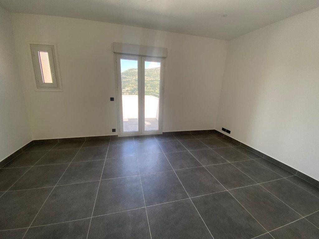 Appartement à louer 4 99m2 à Contes vignette-3