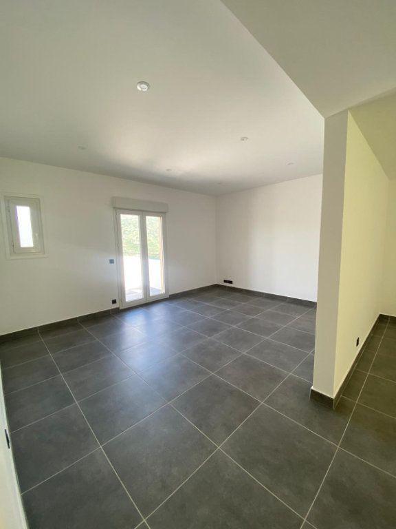 Appartement à louer 4 99m2 à Contes vignette-4