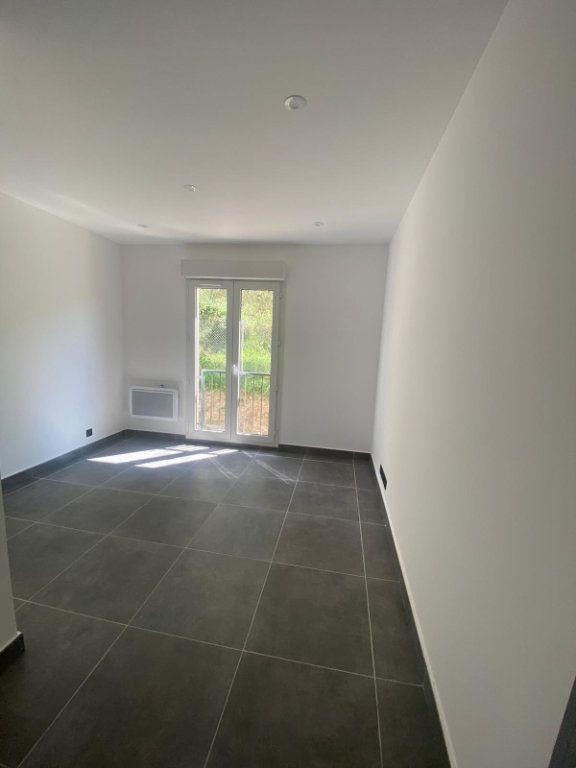 Appartement à louer 4 73m2 à Contes vignette-6