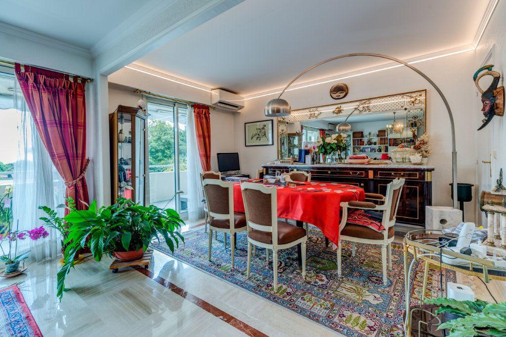 Appartement à vendre 4 93m2 à Nice vignette-3