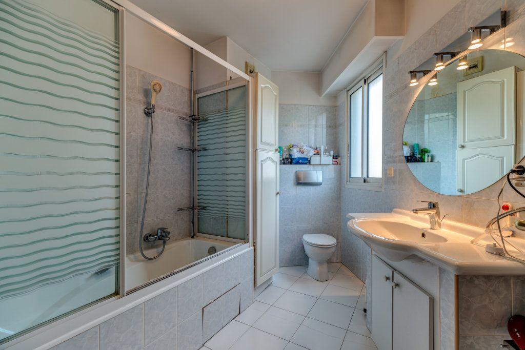 Appartement à vendre 4 93m2 à Nice vignette-7