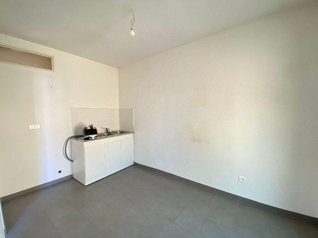 Appartement à louer 2 41.82m2 à Peillon vignette-3