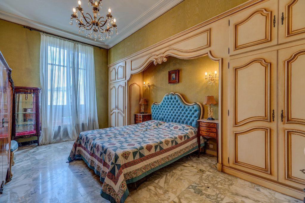 Appartement à vendre 4 120m2 à Nice vignette-7