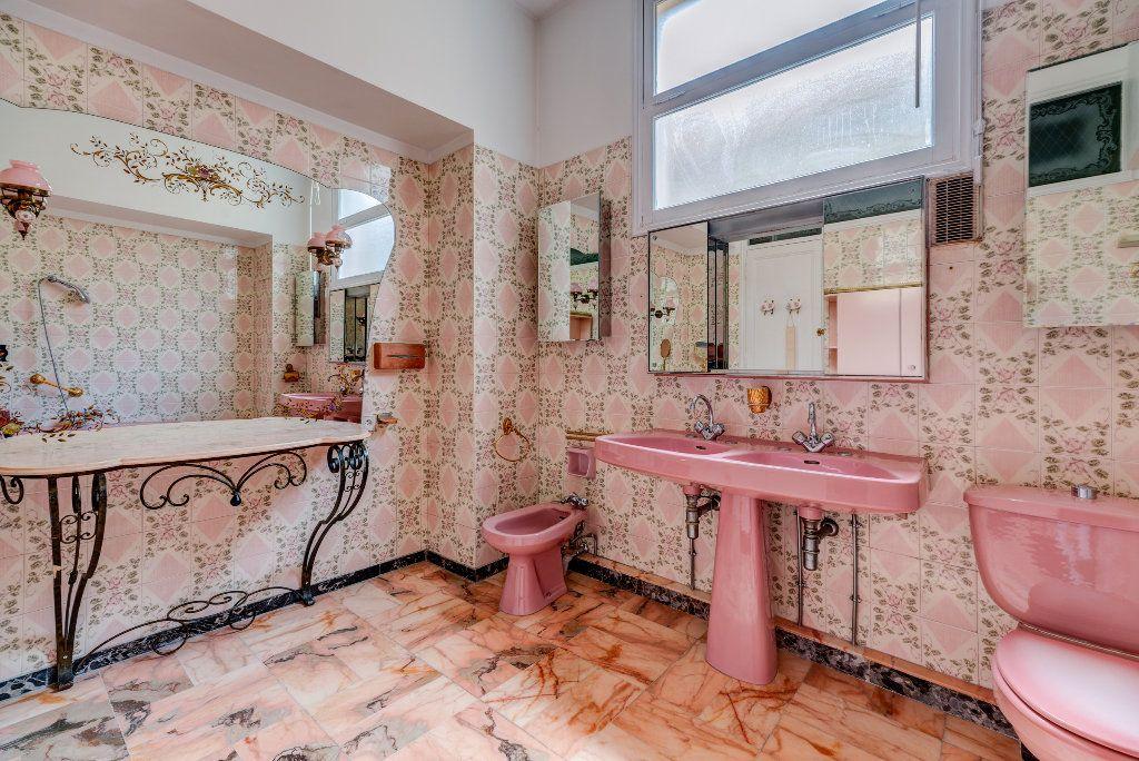 Appartement à vendre 4 120m2 à Nice vignette-8