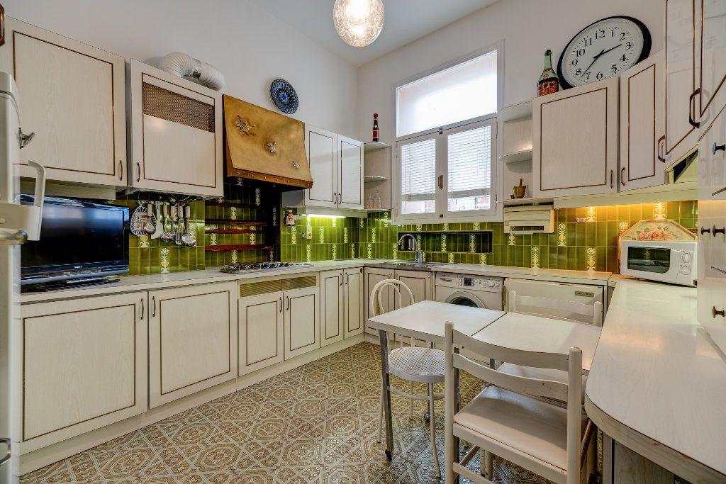 Appartement à vendre 4 120m2 à Nice vignette-9