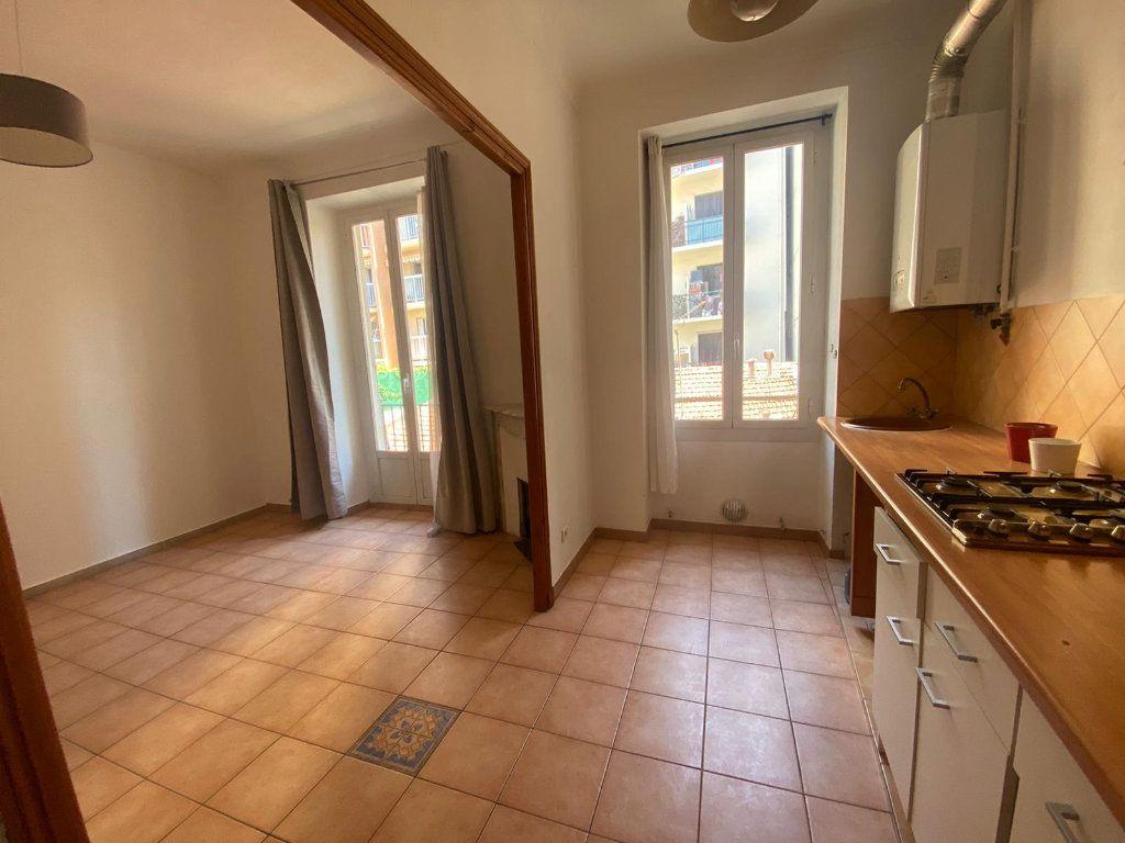 Appartement à louer 3 56.44m2 à Nice vignette-1