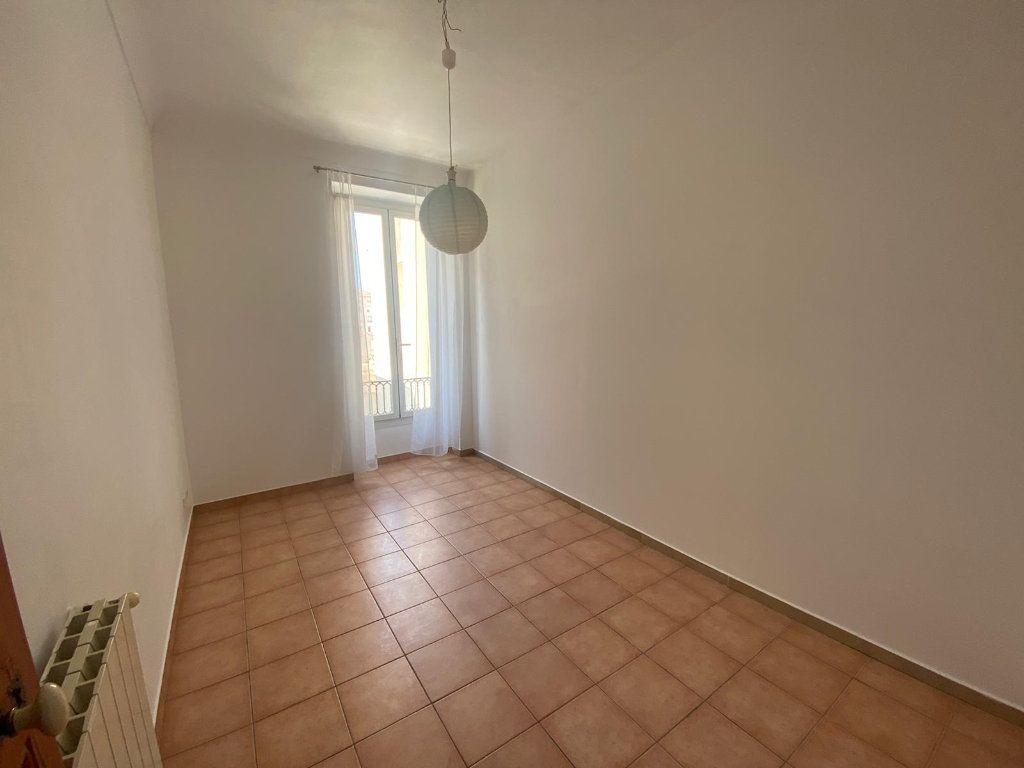 Appartement à louer 3 56.44m2 à Nice vignette-5