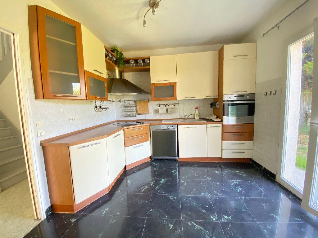 Maison à louer 5 114.5m2 à Nice vignette-4