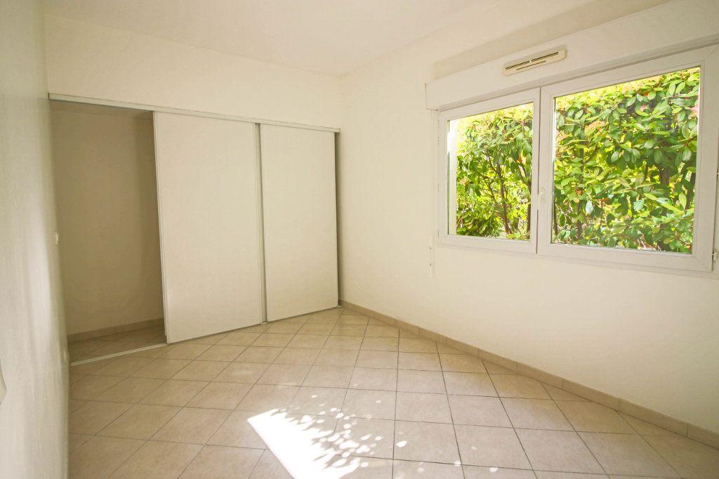 Appartement à louer 3 62m2 à Cagnes-sur-Mer vignette-4
