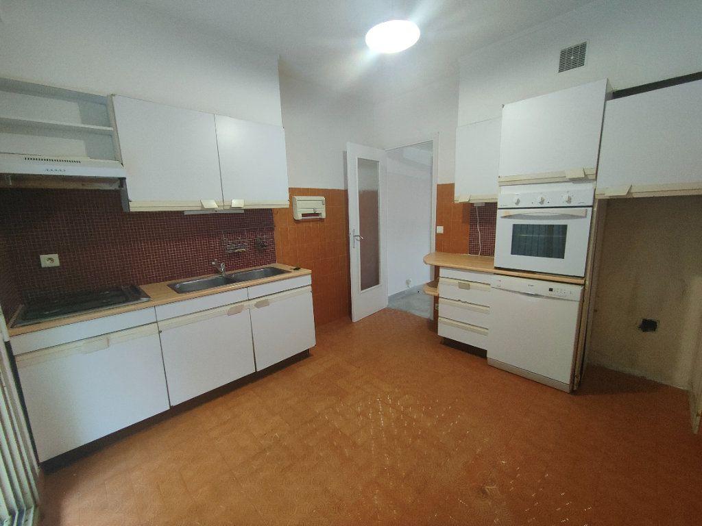 Appartement à louer 1 37.61m2 à Nice vignette-5