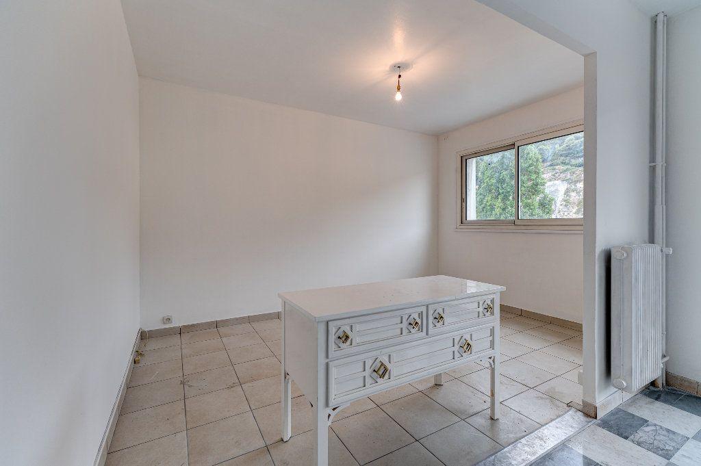 Appartement à vendre 4 68m2 à Nice vignette-3