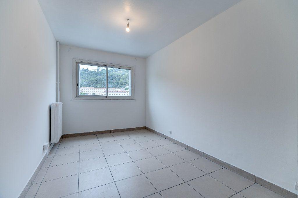 Appartement à vendre 4 68m2 à Nice vignette-4