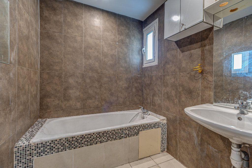 Appartement à vendre 4 68m2 à Nice vignette-6