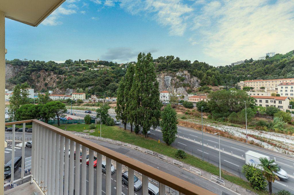 Appartement à vendre 4 68m2 à Nice vignette-10