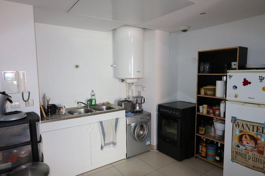 Appartement à louer 2 39.19m2 à Nice vignette-2