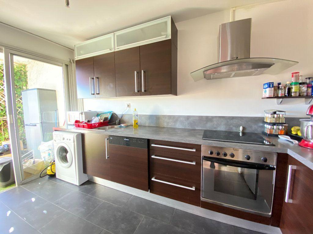 Appartement à louer 2 39.06m2 à Nice vignette-3