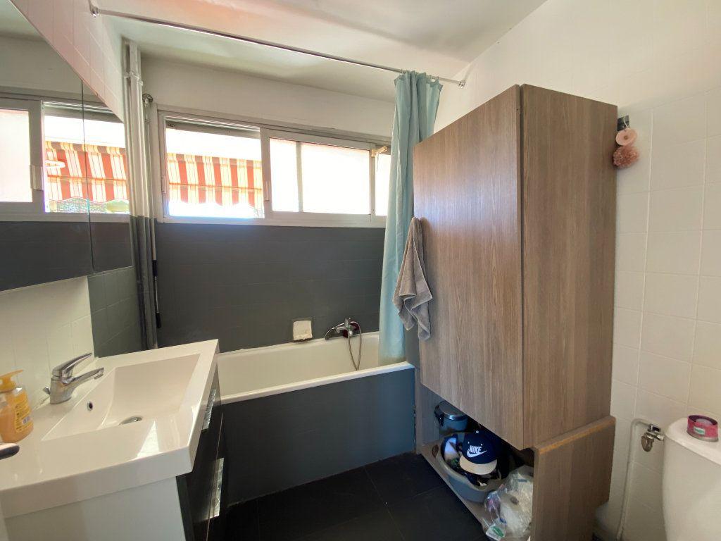 Appartement à louer 2 39.06m2 à Nice vignette-4