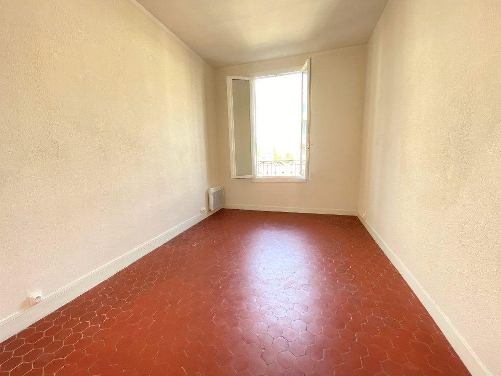 Appartement à louer 3 65m2 à Nice vignette-2