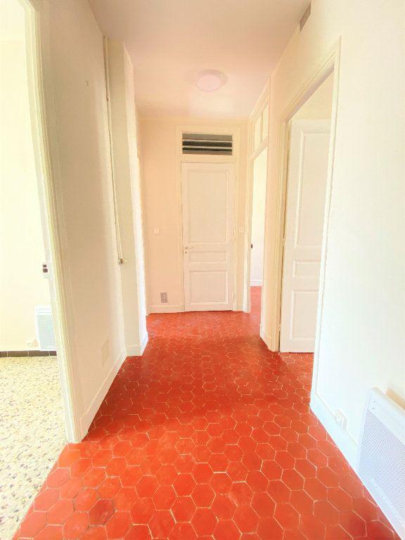 Appartement à louer 3 65m2 à Nice vignette-6