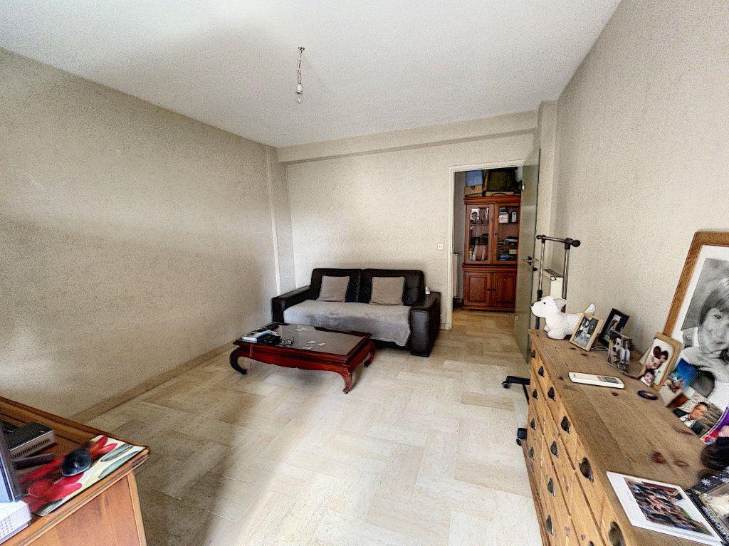Appartement à louer 1 33.3m2 à Cagnes-sur-Mer vignette-3