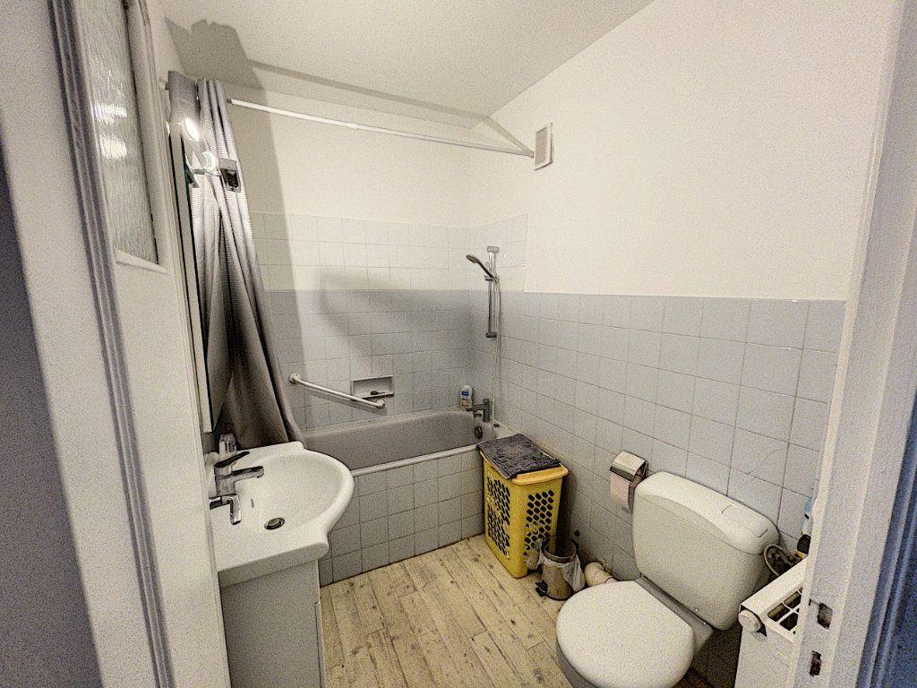 Appartement à louer 1 33.3m2 à Cagnes-sur-Mer vignette-7