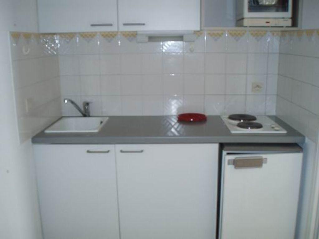 Appartement à louer 2 27.7m2 à Cagnes-sur-Mer vignette-4
