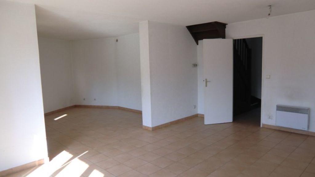 Maison à louer 4 95m2 à Cagnes-sur-Mer vignette-5