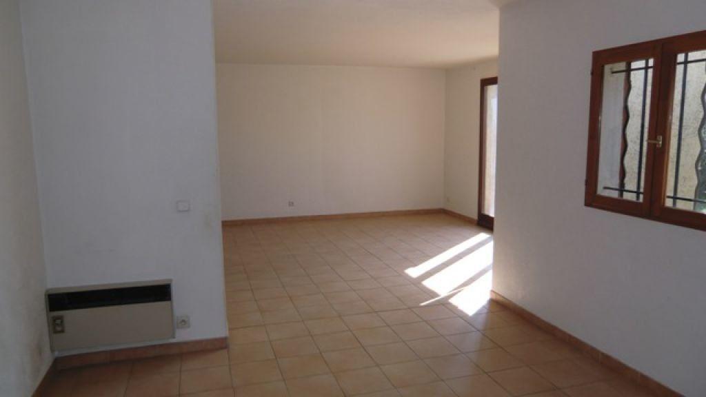 Maison à louer 4 95m2 à Cagnes-sur-Mer vignette-6