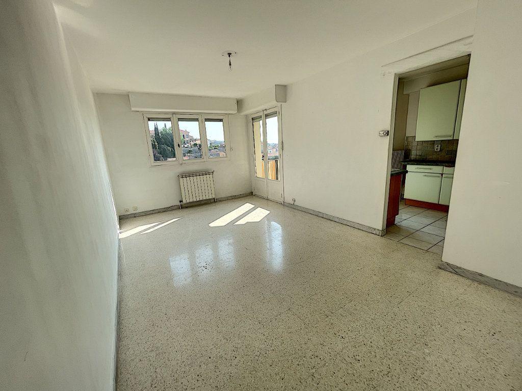 Appartement à louer 2 55.65m2 à Cagnes-sur-Mer vignette-2