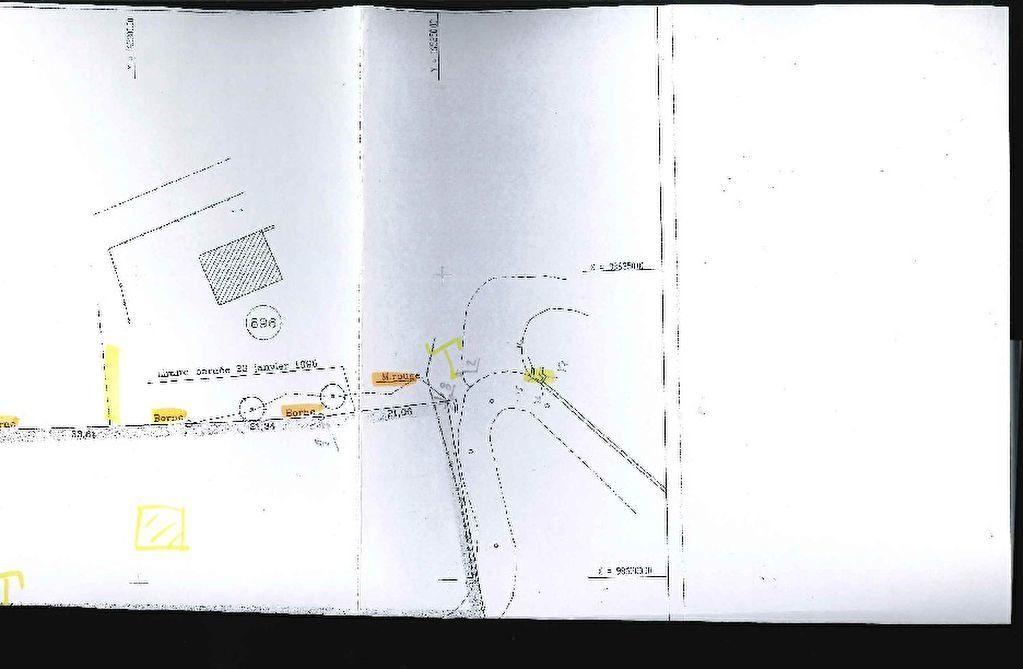 Terrain à vendre 0 2550m2 à Saint-Paul-de-Vence vignette-2