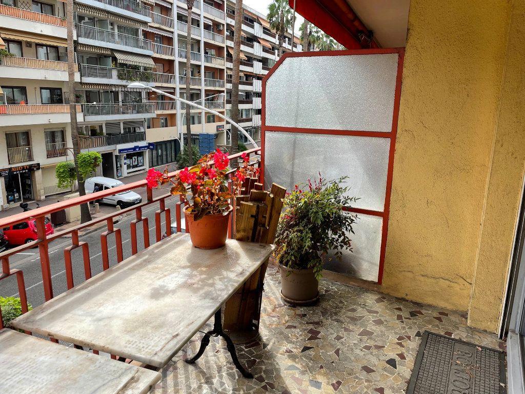 Appartement à louer 3 76.45m2 à Cagnes-sur-Mer vignette-1