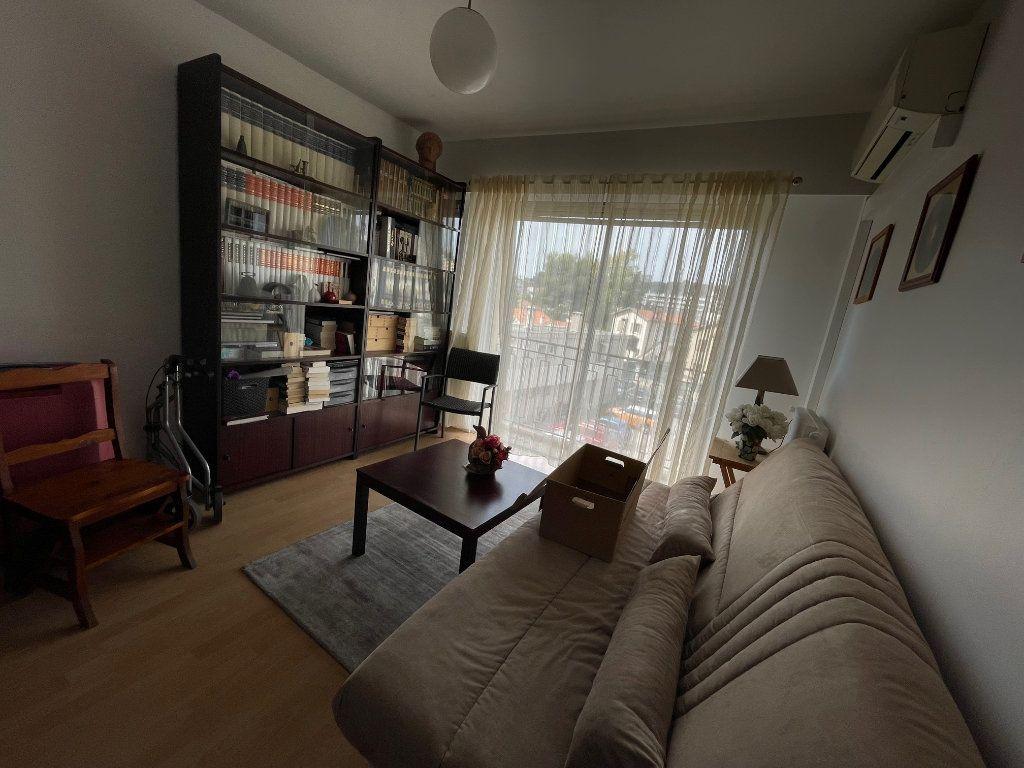 Appartement à louer 3 76.45m2 à Cagnes-sur-Mer vignette-5