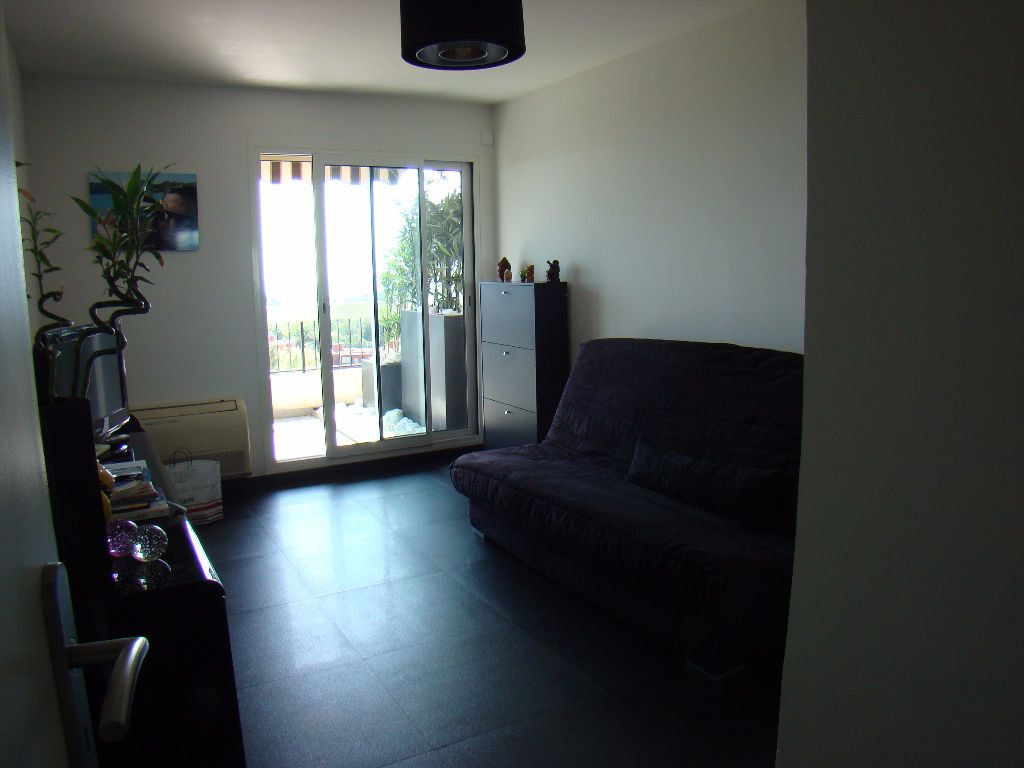 Appartement à vendre 4 108.8m2 à Villeneuve-Loubet vignette-9