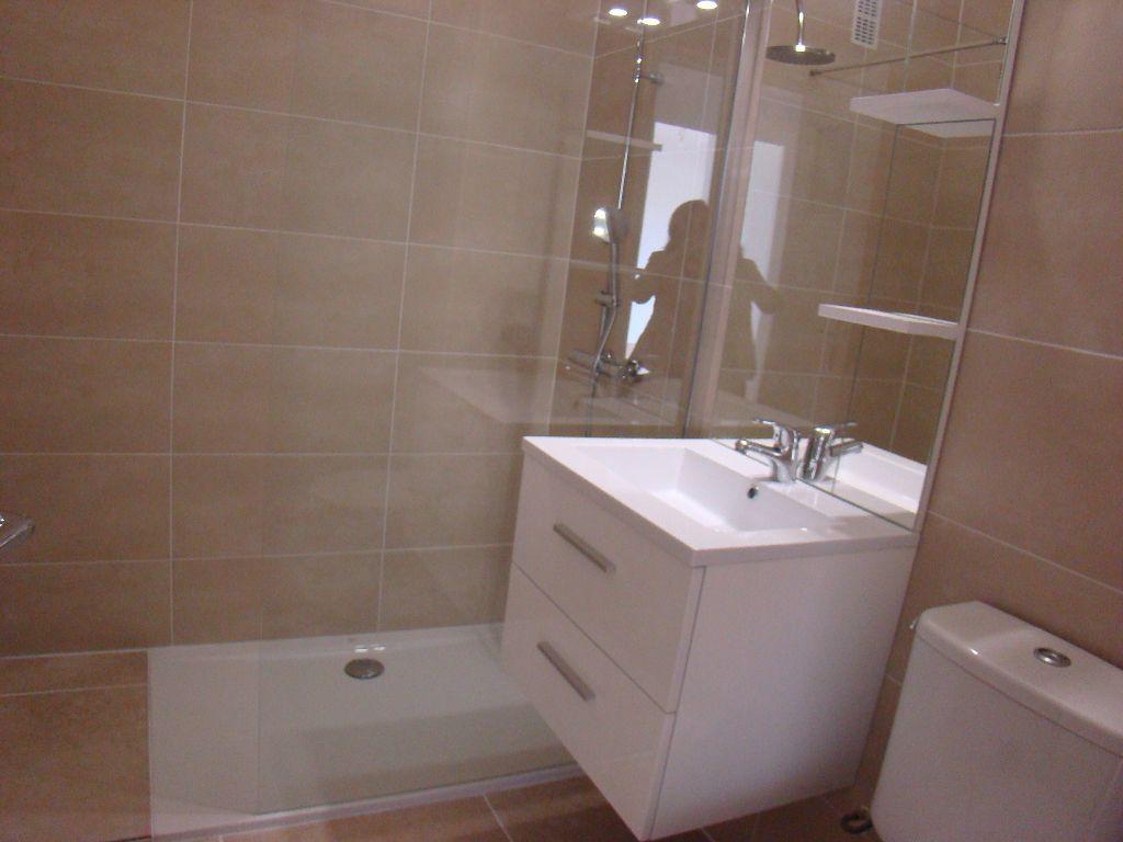 Appartement à louer 1 28.86m2 à Cagnes-sur-Mer vignette-6