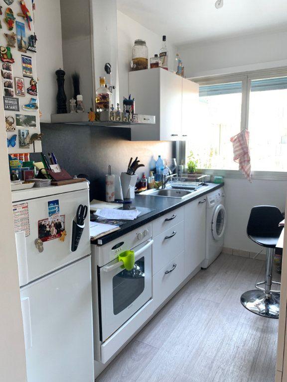 Appartement à louer 2 46.7m2 à Cagnes-sur-Mer vignette-3