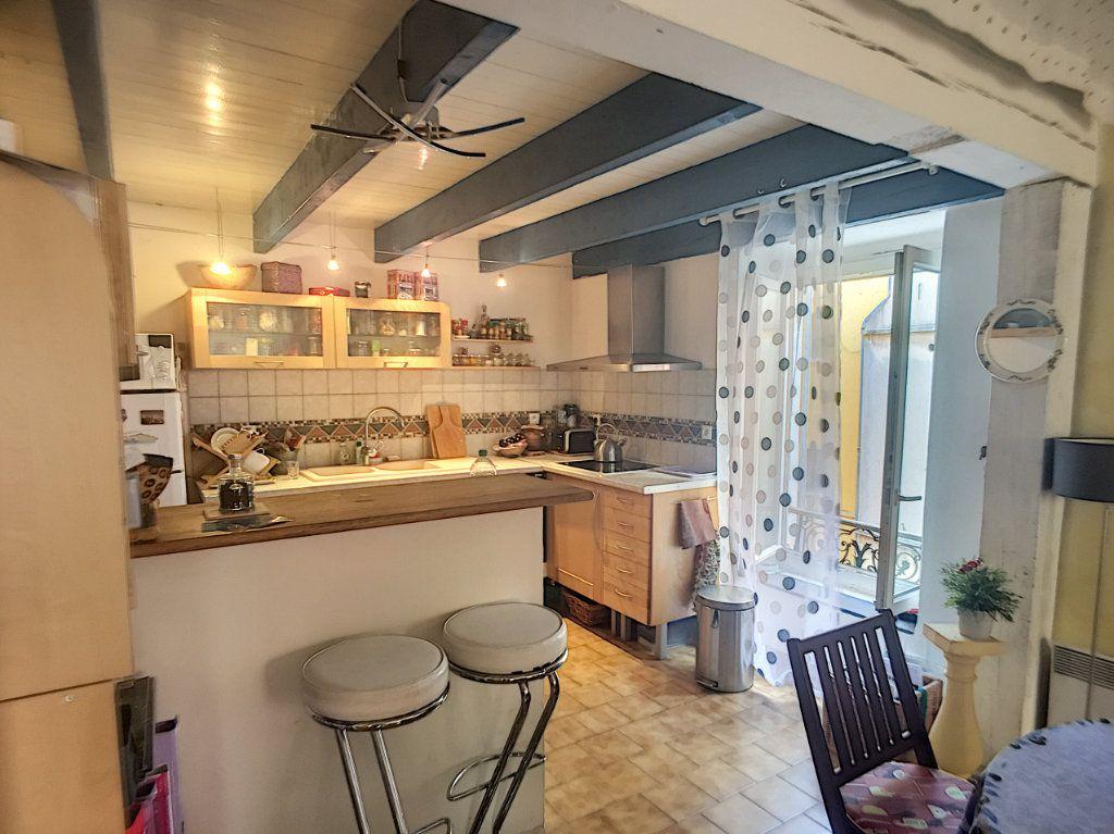Maison à vendre 3 71m2 à Saint-Laurent-du-Var vignette-1