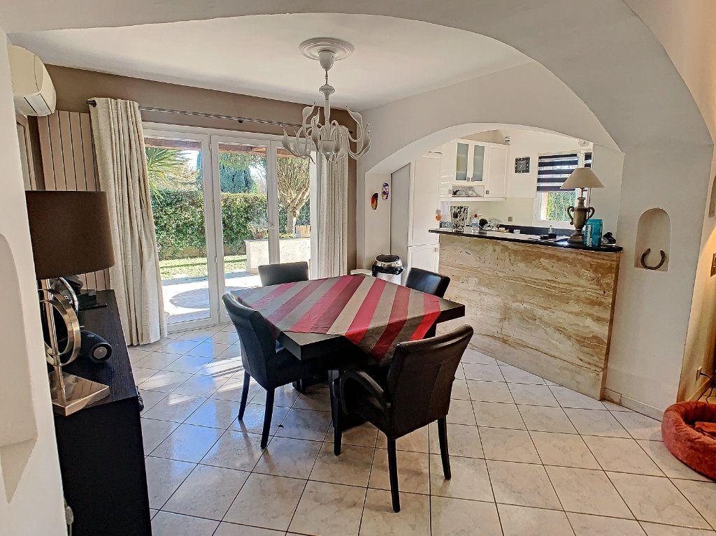 Maison à vendre 6 165.65m2 à Villeneuve-Loubet vignette-6