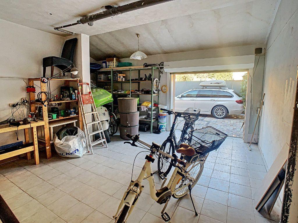 Maison à vendre 6 165.65m2 à Villeneuve-Loubet vignette-15