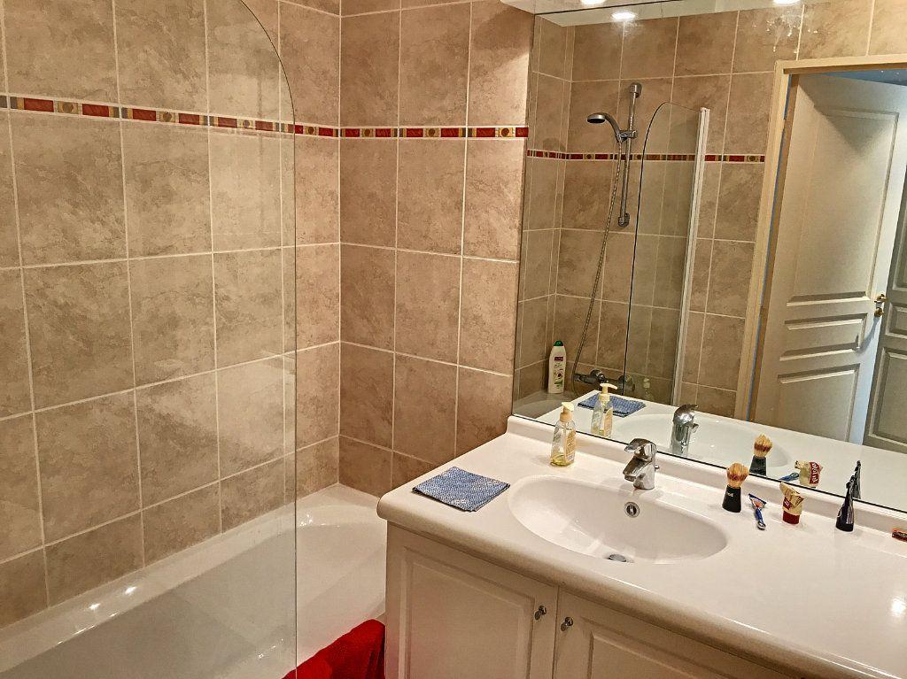 Appartement à vendre 4 81.58m2 à Cagnes-sur-Mer vignette-6