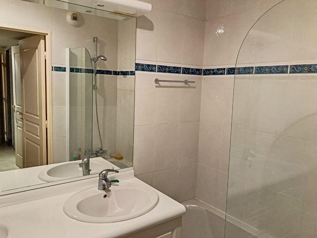 Appartement à vendre 4 81.58m2 à Cagnes-sur-Mer vignette-7