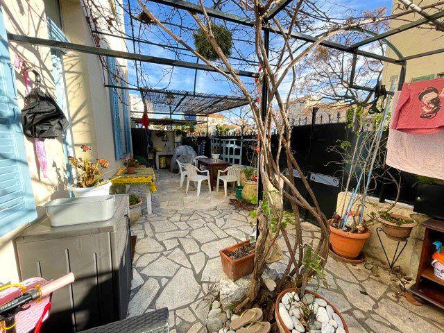 Maison à vendre 4 79m2 à Cagnes-sur-Mer vignette-8
