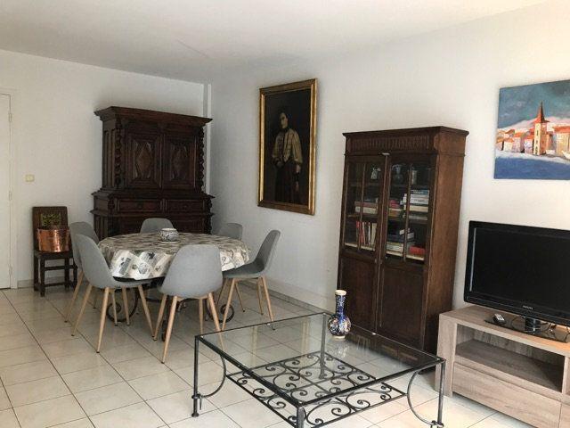 Appartement à louer 3 68.95m2 à Cagnes-sur-Mer vignette-3