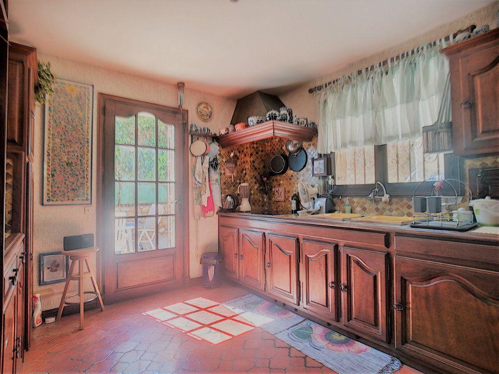 Maison à vendre 6 170m2 à Cagnes-sur-Mer vignette-5
