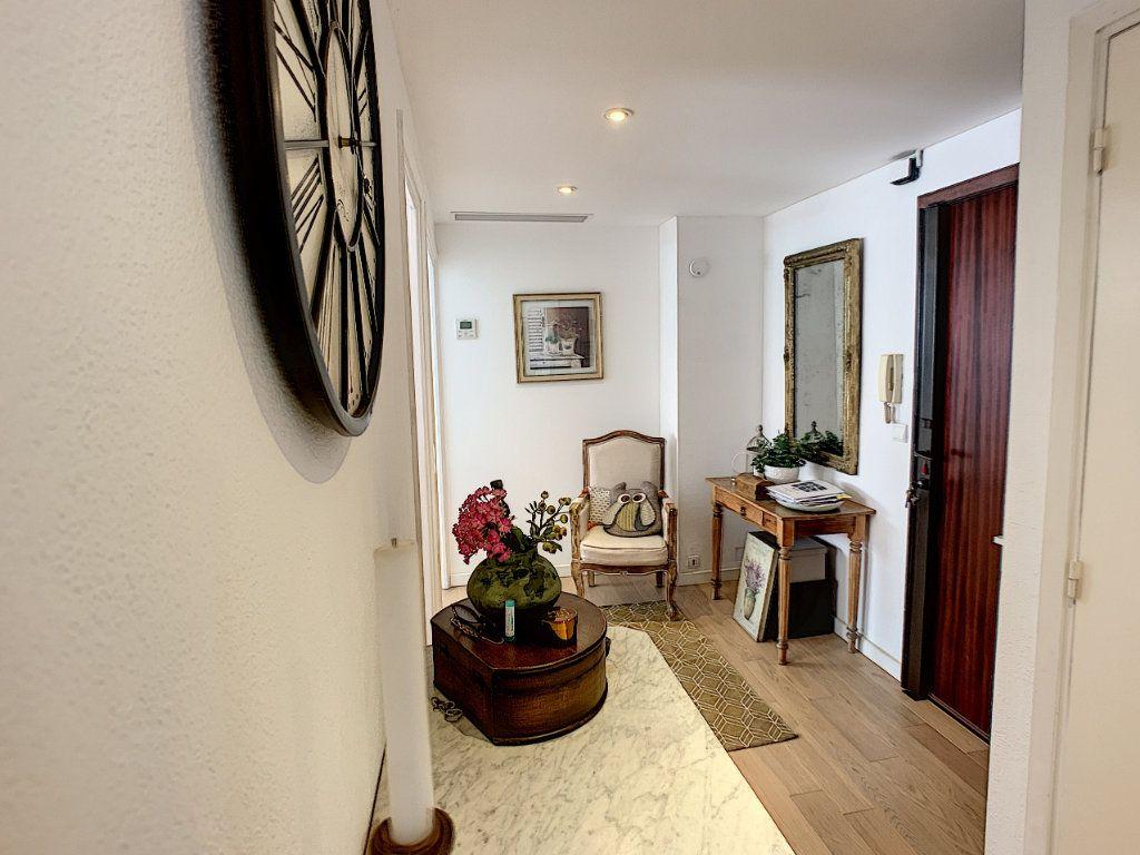 Appartement à vendre 4 90m2 à Cagnes-sur-Mer vignette-7