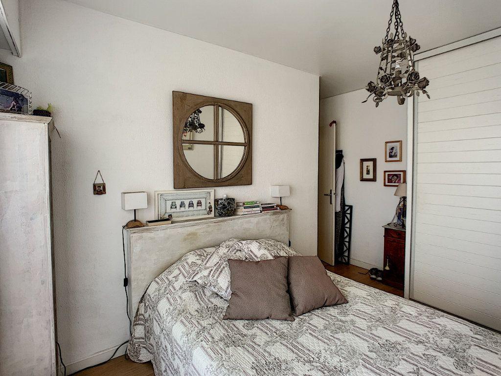 Appartement à vendre 4 90m2 à Cagnes-sur-Mer vignette-11