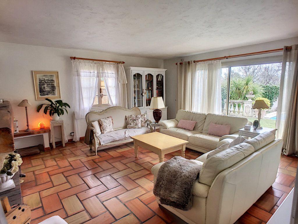 Maison à vendre 9 200m2 à Vence vignette-3