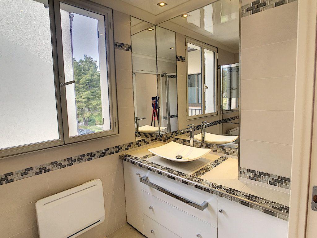 Appartement à vendre 2 48m2 à Villeneuve-Loubet vignette-6