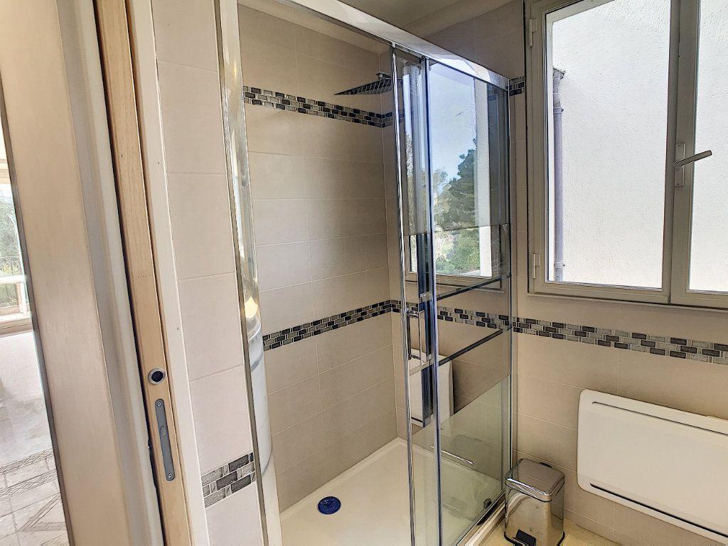 Appartement à vendre 2 48m2 à Villeneuve-Loubet vignette-7