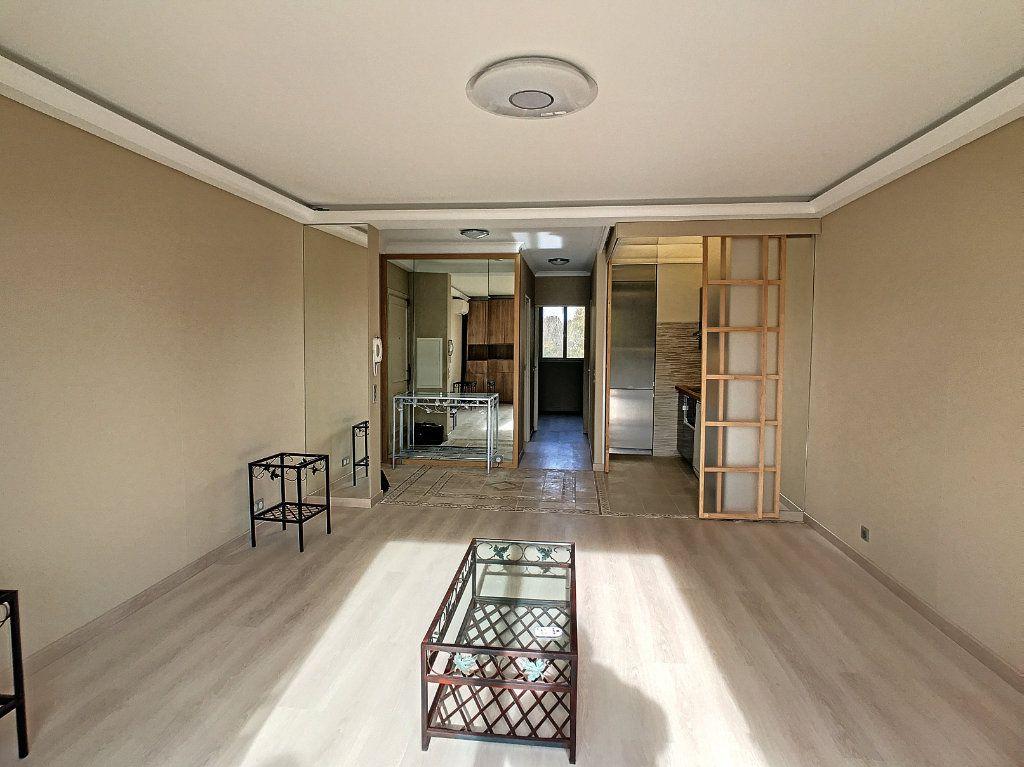 Appartement à vendre 2 48m2 à Villeneuve-Loubet vignette-8